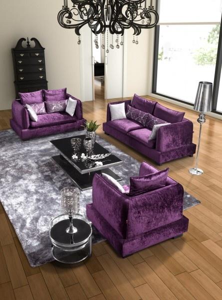 Sem medo da cor detalhes m gicos for Purple and black living room designs