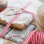 Embalagens feitas a mão, no blog detalhes magicos