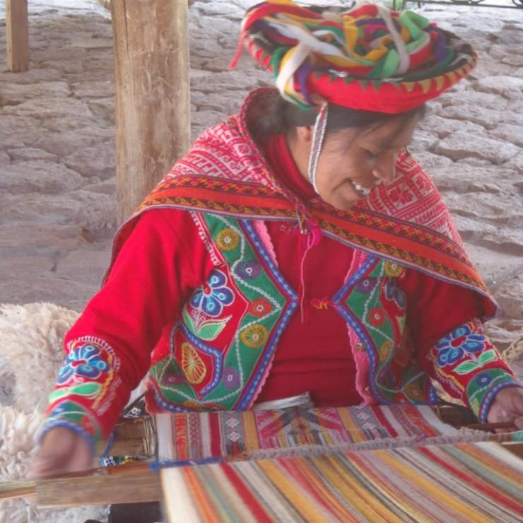 Lãs e cores em Machu Picchu