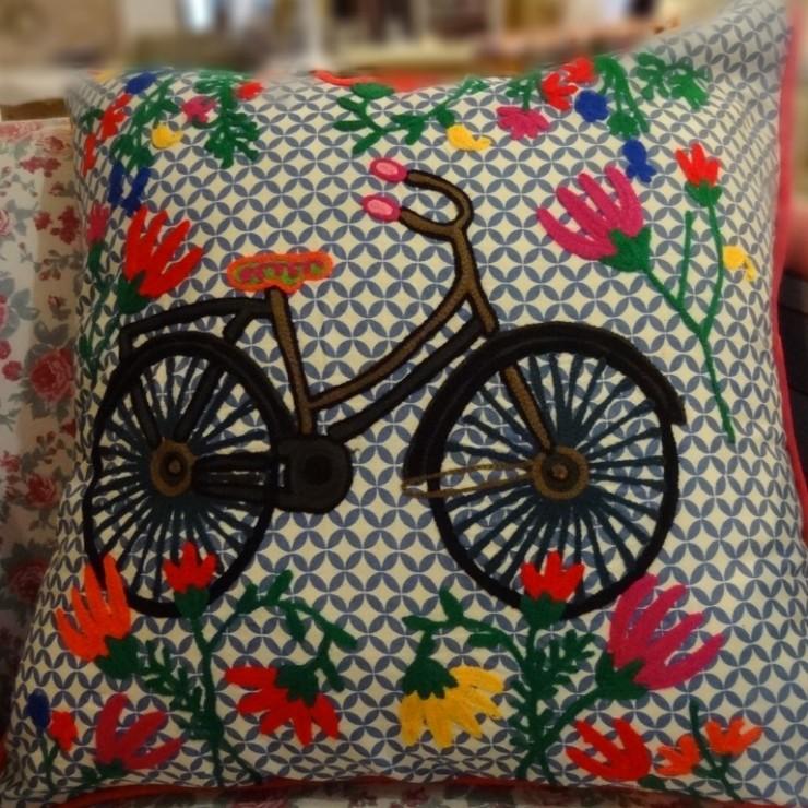 almofadas casa de la madre no blog Detalhes Magicos