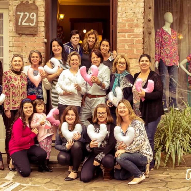 Outubro Rosa - Casa de La Madre