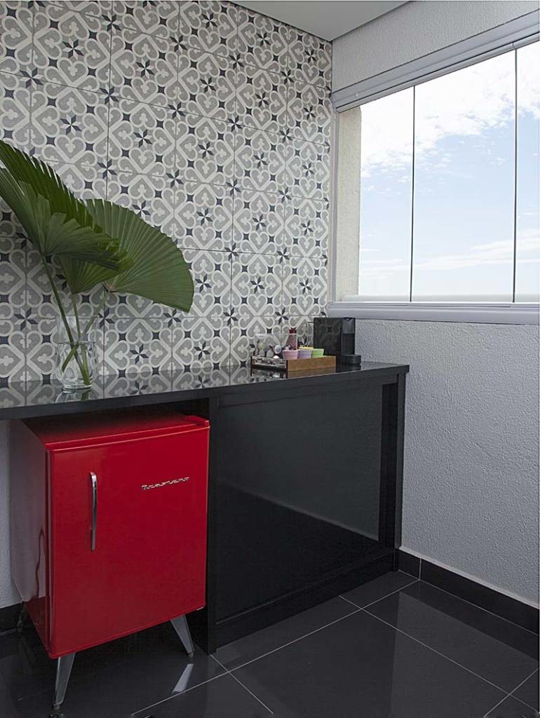 primeiro-apartamento-alegre-e-confortavel